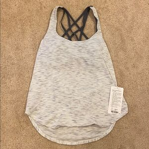 Lululemon Free To Be Serene 2 in 1 tank size 8